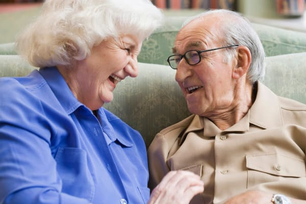 Two residents getting to know each other at Heritage Senior Living in Blue Bell, Pennsylvania