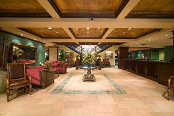 Lobby at Penninsula senior living