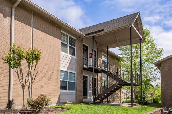 Maple Creek apartments in Nashville, Tennessee