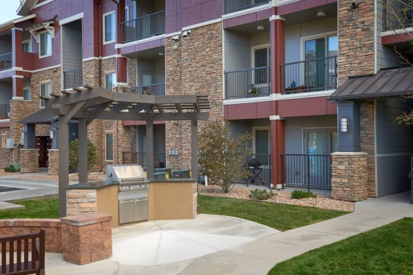 fire-pit lounge in courtyard at M2 Apartments in Denver