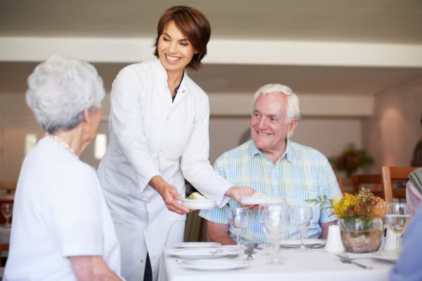 Memory care dining at Traditions of Lansdale in Lansdale, Pennsylvania
