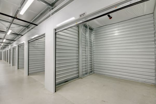 Features link at First Rate Storage in Stockton, California