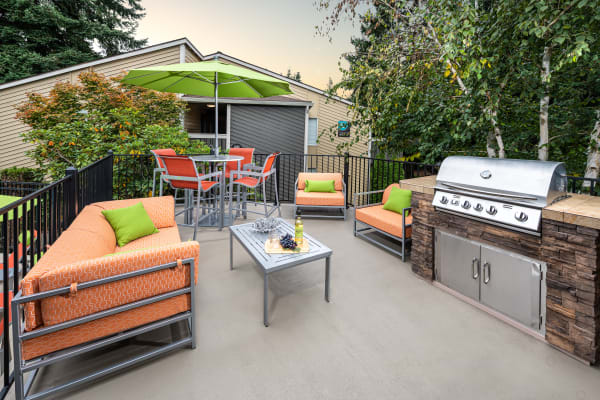 Virtual tour of Vue Kirkland Apartments in Kirkland, Washington