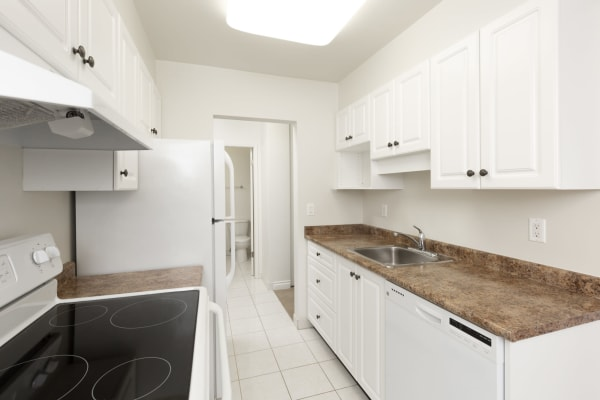 Kitchen at Fraser Tolmie Apartments in Victoria, British Columbia