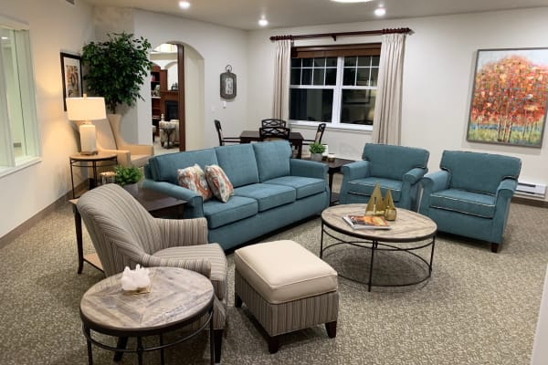 Sitting area at Kennedy Meadows Gracious Retirement Living in North Billerica, Massachusetts