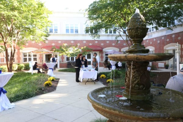 Outdoor dining event at The Crossings at Ironbridge in Chester, Virginia