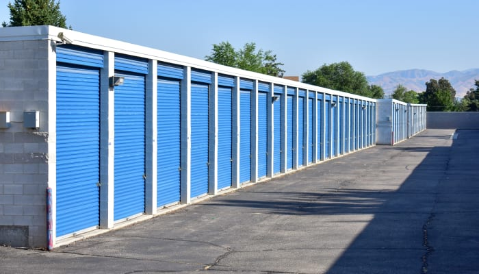 A very wide driveway at a STOR-N-LOCK Self Storage location