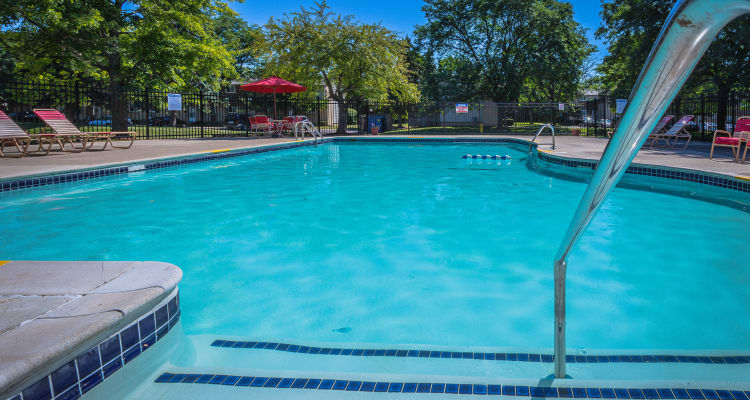 luxury amenities at Chestnut Lake