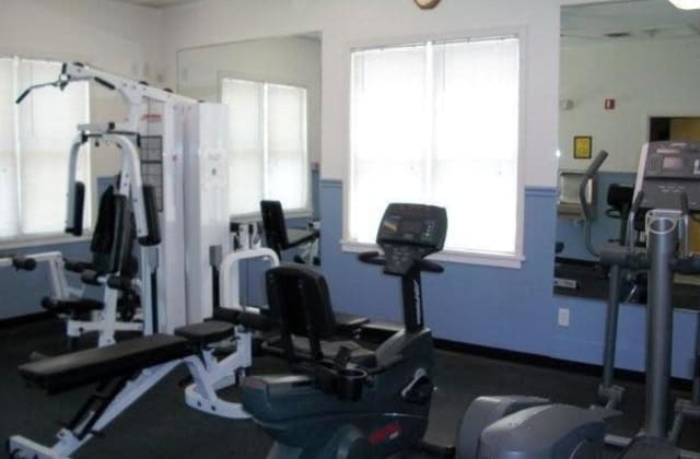 Harborside Manor offers a fitness center in Liverpool, NY