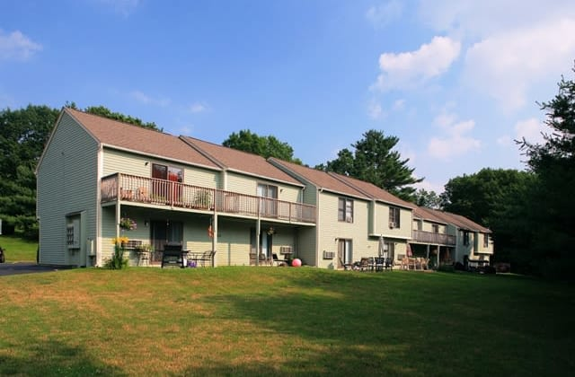 Apartments at Sturbridge Meadows in Sturbridge, MA