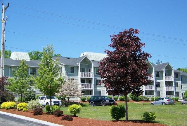 Apartments exterior view at Wellington Hill in Manchester, NH