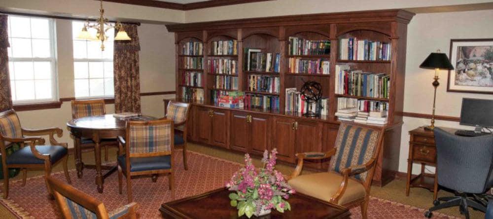 Living space at Waltonwood Royal Oak in Royal Oak, MI