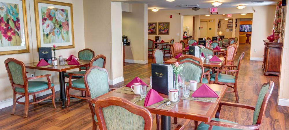 The Villas at Sunset Bay  dining room