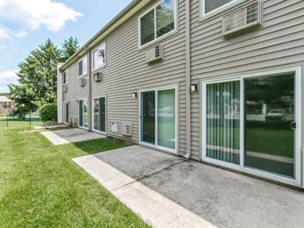 Townhouse patios at Lincoln Park Apartments & Townhomes