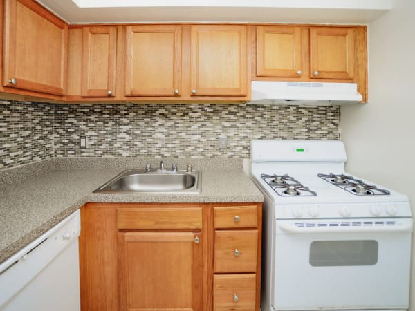 Fully equipped kitchen available at Arbors at Edenbridge Apartments & Townhomes in Parkville, MD