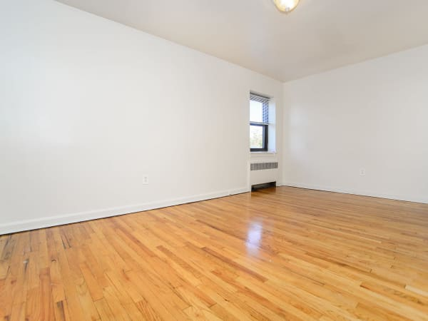 Market Street Apartment Homes in Perth Amboy, New Jersey offers apartments with hardwood floors