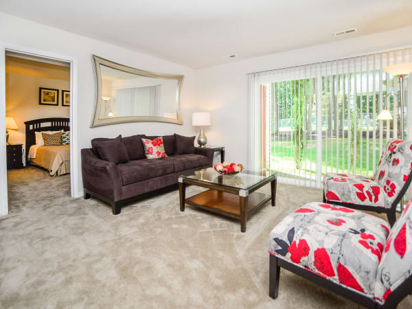 Our apartments in Absecon, New Jersey showcase a beautiful living room