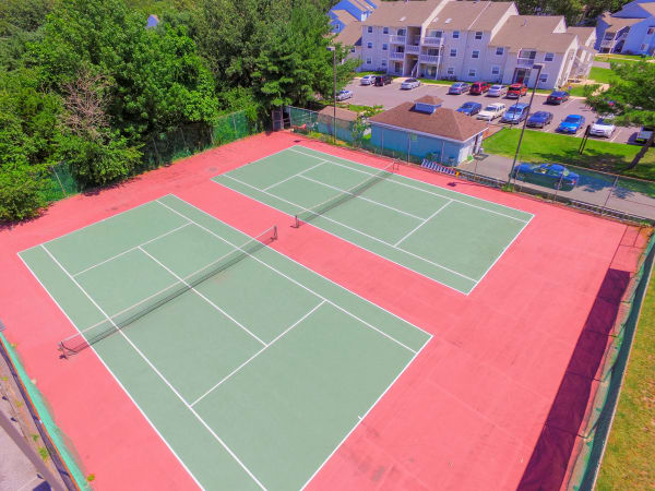 Enjoy 2 tennis courts at The Landings Apartment Homes