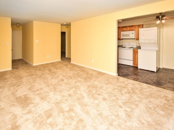 Spacious apartments at Warwick Terrace Apartment Homes in Somerdale, New Jersey