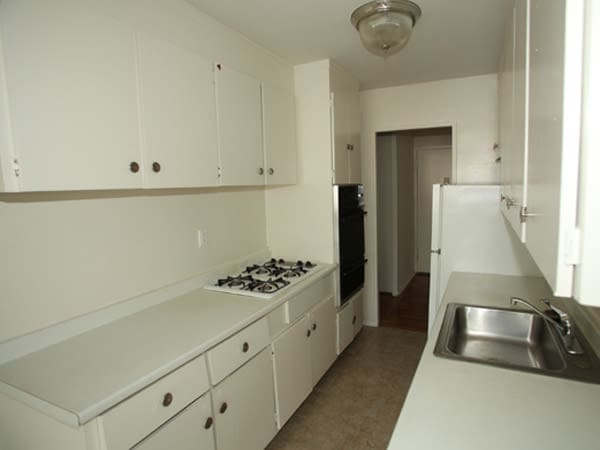 Our apartments in Elizabeth, New Jersey showcase a modern kitchen