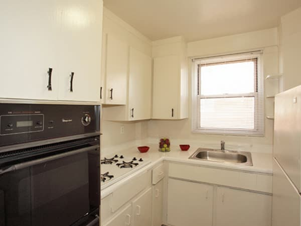 Enjoy apartments with a modern kitchen at Westminster Towers Apartment Homes