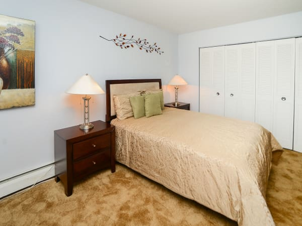 Enjoy apartments with a spacious bedroom at Hyde Park Apartment Homes
