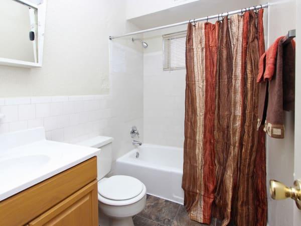 Glen Ridge Apartment Homes offers a bathroom in Glen Burnie, Maryland