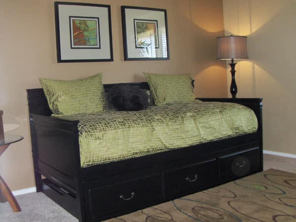 Cozy bedroom at Greentree Apartments in Carrollton