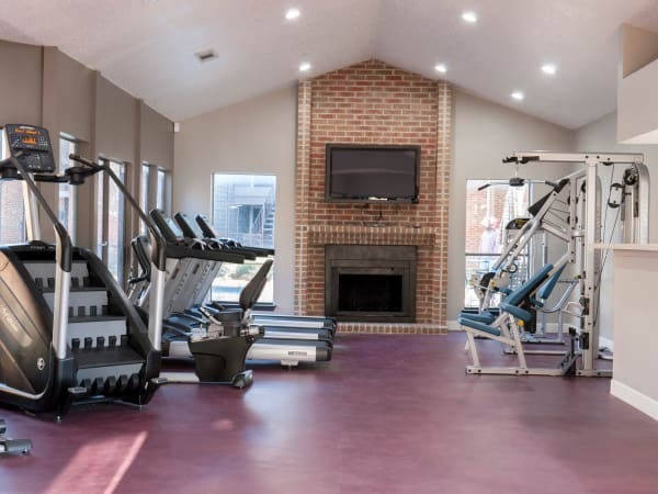 Fitness center at apartments in Carrollton, Texas