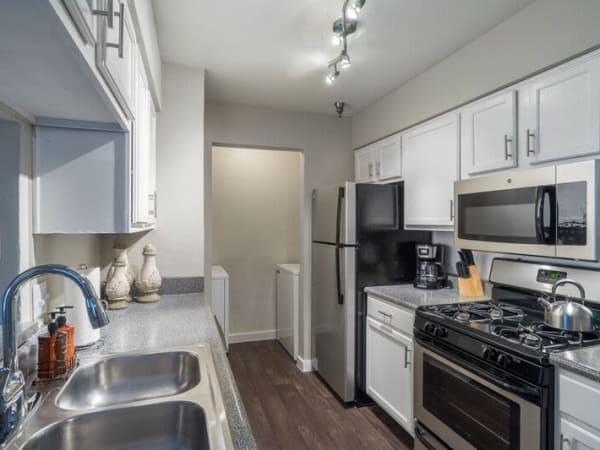 Gorgeous kitchen at Mountain Ranch apartments