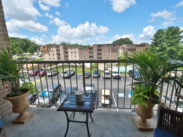 Our Apartments in Glen Burnie, Maryland offer Apartments w/ Balconies