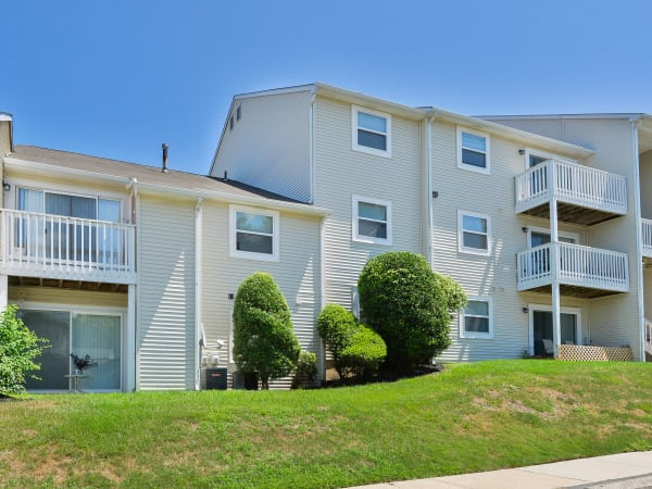 Exterior of The Landings Apartment Homes in Absecon, New Jersey