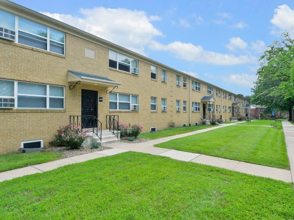 Exterior of Wedgewood Hills Apartment Homes | Apartments in Harrisburg, Pennsylvania