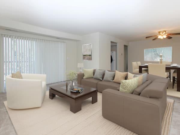 Living Room at Glen Ridge Apartment Homes in Glen Burnie, Maryland
