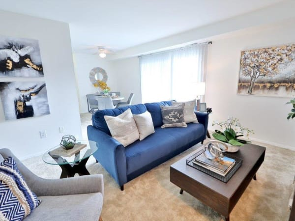 Family Room at Towson Crossing Apartment Homes in Baltimore, MD