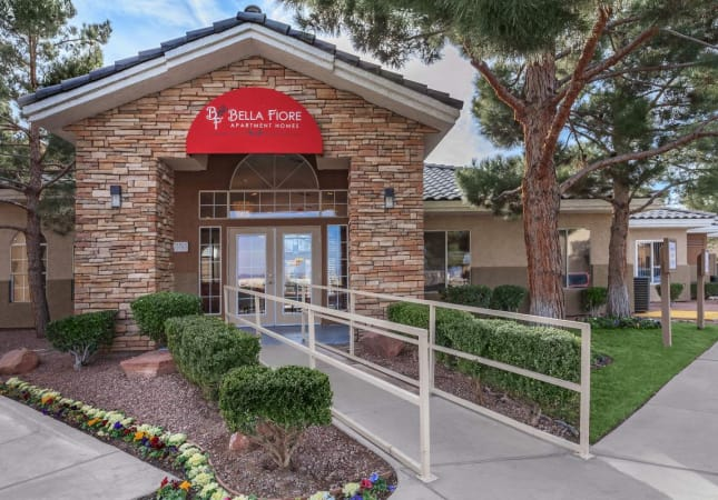 Bella Fiore front entrance of office