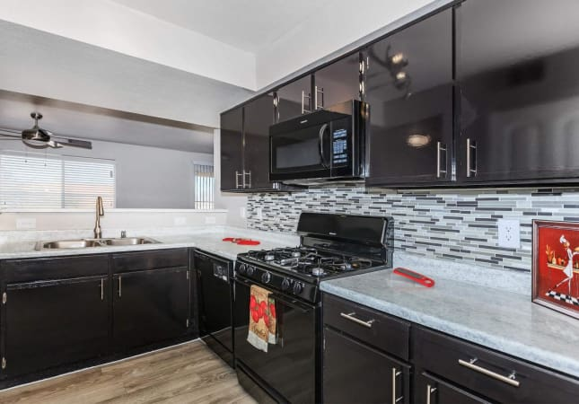 Bella Fiore model apartment kitchen