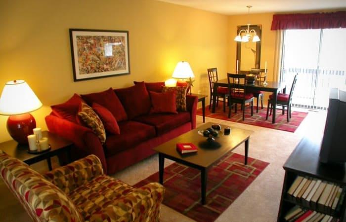 Decorated living room at Northridge