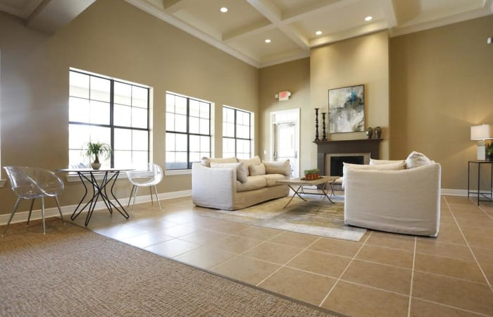 Interior view of the resident clubhouse at Camden Lake Apartments in Baton Rouge, LA