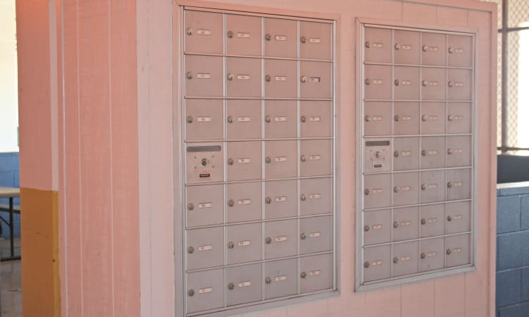 We offer mailboxes for rent and more at Hawai'i Self Storage