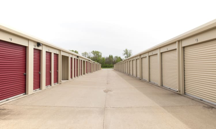 Large driveways at Squirrel Storage Ames in Ames