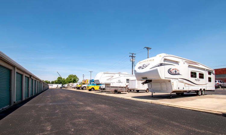 Storage Inns of America offers RV, boat and auto storage in Dayton, Ohio