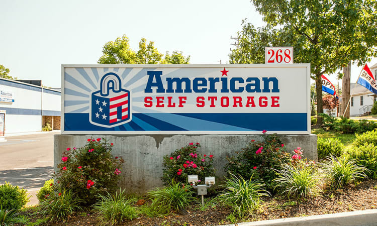 American Self Storage sign in Cliffwood, New Jersey
