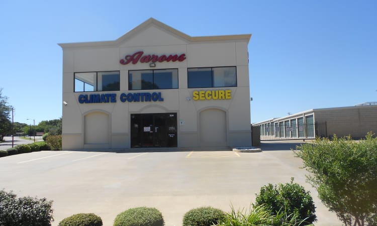 Aarons Self Storage 3 in Waco, Texas, front entrance