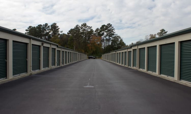 One row of units at Cliffdale Safe Storage in Fayetteville, North Carolina