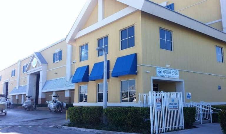 Exterior of Aquamarina Hidden Harbour in Pompano Beach, Florida