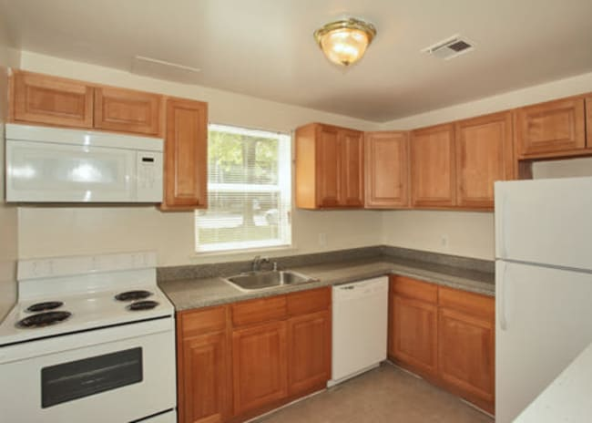 kitchen at Woodcrest Apartment Homes