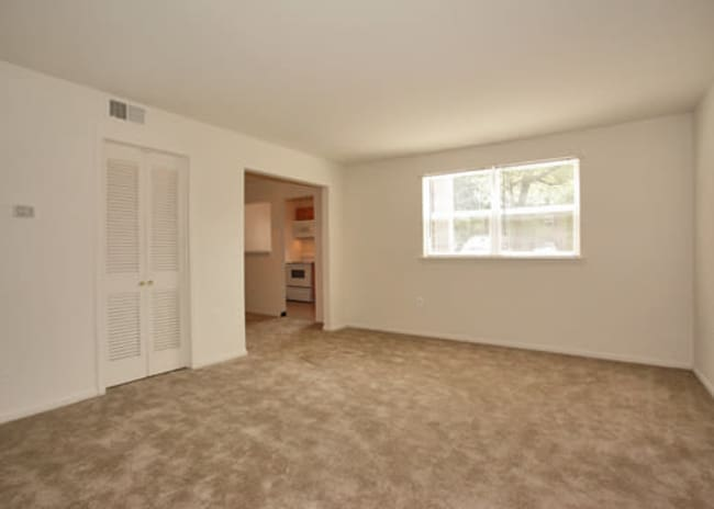 Bedroom at Woodcrest Apartment Homes