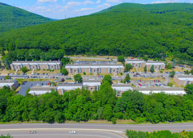 Aerial View of at Summit Pointe Apartment Homes in Scranton, Pennsylvania