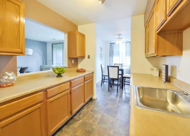 Kitchen at Summit Pointe Apartment Homes in Scranton, Pennsylvania